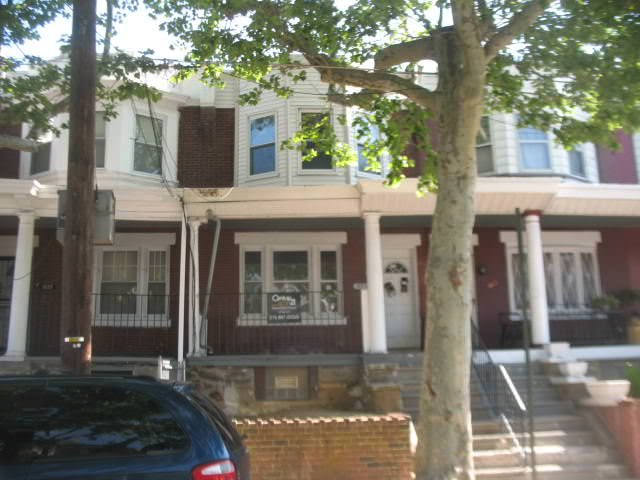 What's Available Wednesday! It's a Philadelphia Duplex!