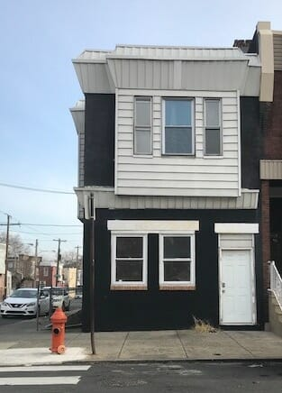 What's Available Wednesday? A Philadelphia Duplex!